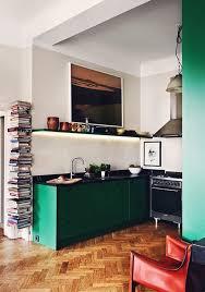 cuisine verte et grise relooking cuisine pour lui donner une seconde vie et la moderniser
