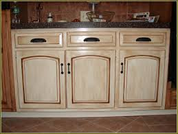 Easiest Way To Refinish Kitchen Cabinets by Best Best Way To Refinish Kitchen Cabinets Contemporary Amazing