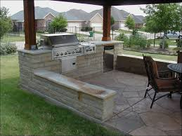 outdoor kitchen ideas on a budget kitchen outdoor built in bbq outdoor kitchen ideas on a budget
