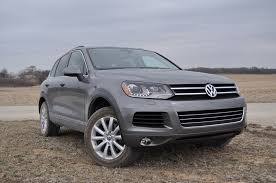 volkswagen jeep touareg review u2013 2011 volkswagen touareg vr6 sport made for little suzy u0027s