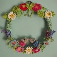 the 25 best crochet wreath ideas on crochet ornaments