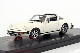 porsche 911 targa white ck modelcars 450891300 porsche 911 targa year 1975 grandprix