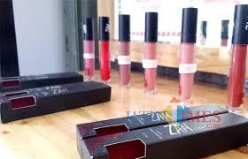 Lipstik Zaskia Adya Mecca gaya artis ibukota juga pasarkan kosmetik zaskia mecca jual