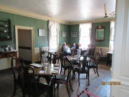 A Dining Room Waiting For Customers Picture Of Kings Arms - Colonial dining rooms