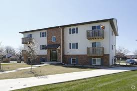 one bedroom apartments in normal il kenwood kennebeck court apartments rentals normal il
