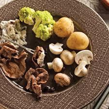 cuisiner viande à fondue bouillon pour fondue de gibier recettes cuisine et nutrition