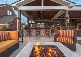 outdoor living designer sienna plantation patio decorator riverstone