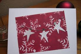 7 etiquette tips for sending holiday cards to business associates