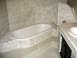 mosaik im badezimmer bad mit mosaikfliesen 34 interessante ideen archzine net