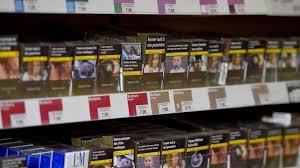 prix d un bureau manifestation des buralistes contre les paquets de cigarettes à 10