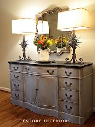 equal parts of annie sloan chalk paint in paris gray and louise