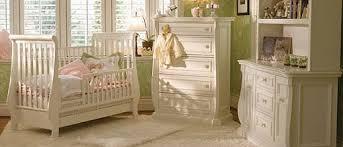 achat chambre bébé le lit un élément de décoration de la chambre de bébé