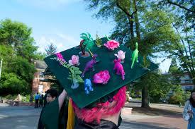 graduation caps decorations grad guide 2016 tips for cap decorating emerald media