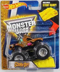 scooby doo monster truck video amazon com wheels monster jam scooby doo with stunt ramp 2016