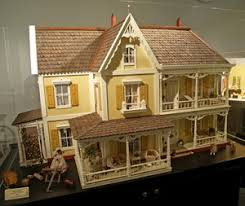 three miniature exhibits and museums tour