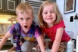 neil patrick harris u0027 kids prepare for easter by baking sweet treats