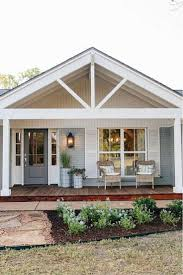 Farmhouse Style Home Plans by If Ever A Cottage Had A Picture Perfect Porch It U0027s This Sweet
