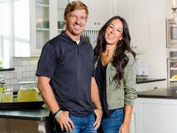 where do chip and joanna live fixer upper star chip gaines addresses homophobic church