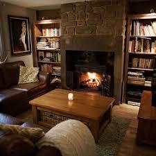cottage livingroom a cosy cottage living room makeover dwellinggawker