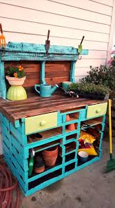 Inexpensive Potting Bench by Diy Pallet Potting Table