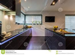 Esszimmer Dunkle M El Dunkle Möbel In Der Küche Stockfoto Bild 47380244