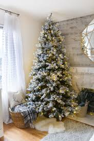 flocked christmas tree what is a flocked christmas tree 30 dreamy flocked christmas tree