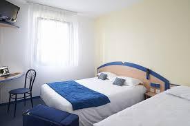 chambre pour une nuit trouver un hôtel avec accueil de nuit créon 33670 hotel atena