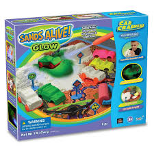 amazon com sands alive glow sand car crashers kit toys u0026 games