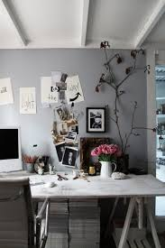 ideas to decorate office cubicle and make it look awesome
