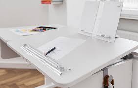 Schreibtischsysteme B O Moll Champion Kinderschrebtisch Mitwachsend Und Höhenverstellbar