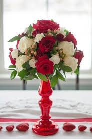 Diy Flower Centerpiece Ideas by Easy Valentine U0027s Day Flower Arrangements Southern Living