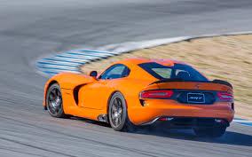 Dodge Viper Orange - 2013 srt viper ta laguna lap motor trend