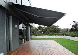 Modern Retractable Awning Choose A Folding Arm Retractable Awning For The Ultimate Shade
