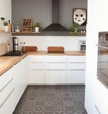 cuisine carrelage gris idee deco peinture murale cuisine idée de modèle de cuisine