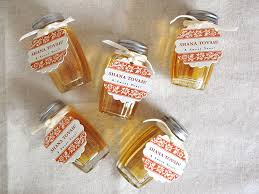 rosh hashanah gifts honey jars for rosh hashanah gift favor ideas from evermine