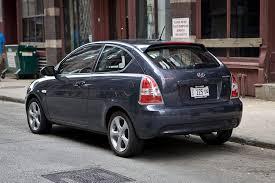 2011 hyundai accent gl 2011 hyundai accent overview cars com