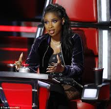 the voice jennifer hudson keeps chris weaver for playoffs daily