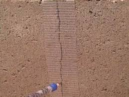 repairing vertical cracks in concrete block wall with roadware 10