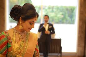 traditional bridal hairstyle bridal hairstyle for reception indian bridal hairstyle photo
