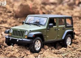 wrangler jeep green 2015 jeep wrangler unlimited green 1 24 diecast model car by maisto