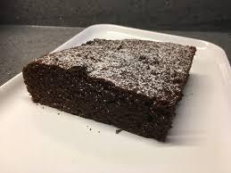 veganer schoko walnuss kuchen mit birne und dinkelmehl gittana