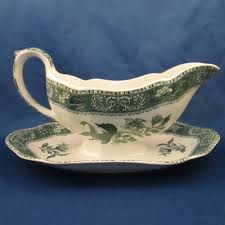 spode camilla green gravy boat w attached base 0 00