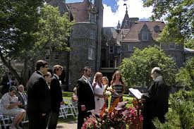 Inexpensive Wedding Venues In Ny The Best New York Castle Wedding Venues Brides