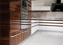 Kitchen Cabinets Designs Photos by Best 25 High Gloss Kitchen Cabinets Ideas On Pinterest Gloss