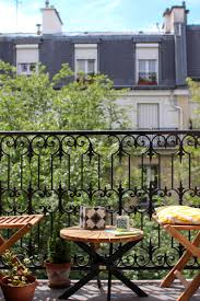idee deco balcon l u0027été sur le balcon balconies outdoor living and parisian apartment