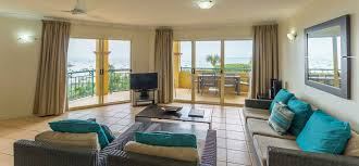 two bedroom airlie beach apartments toscana village resort