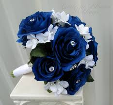 white blue roses wedding ideas white and blue wedding bouquet ideas bouquets