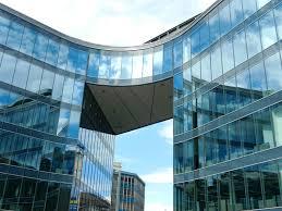 immeuble de bureau images gratuites architecture verre gratte ciel réflexion