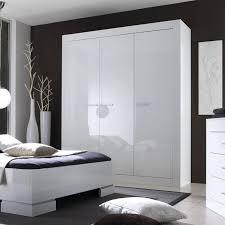 chambre a coucher blanc laque brillant urbano commode de chambre contemporain laquac blanc brillant l 80