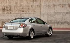 ban xe nissan altima 2013 altima wins the test drive for nissan 2010 models